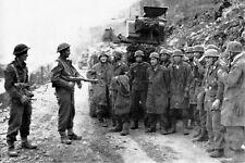 WW2 - Paras allemands prisonniers des Néo-zélandais en Crète en mai 1941