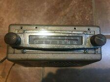 Vintage 6 V Motorola Car Radio Model 404   1954-1955