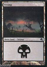 Swamp #27-2X NM Premium Deck Graveborn Foil MTG