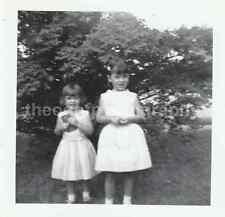 Vintage FOUND PHOTOGRAPH bw FREE SHIPPING Original Snapshot 7120