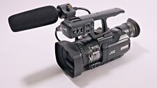 JVC GY-HM100E Camcorder ProHD solid state handheld 3-CCD camcorder - Excellent