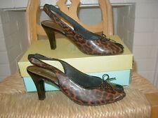 NEW LIFESTRIDE Classy Peep Toe Slingback Heels Leopard Patent Print 8M Fall Shoe