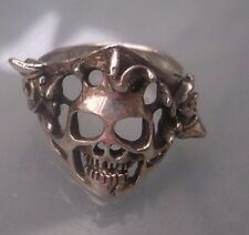 Silver Men's Pirate Skull Ring Style Pirates Skull to Sides W9g Stamped Size W