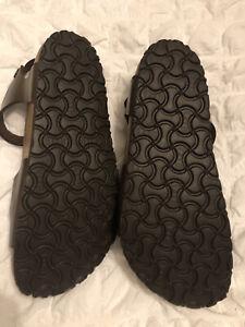 Birkenstock  Womens Sandal in Bronze Brown
