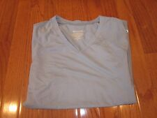 *NEW * CHAMPION DOUBLE DRY TEXTURED LT. BLUE V NECK T SHIRT  - SIZE M *