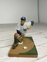 2004 ADRIAN HERNANDEZ MLB BASEBALL FIGURE Box New York Yankees No Box