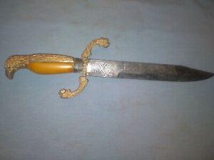 Old Spanish Knife.