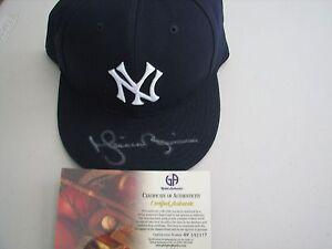 Mariano Rivera Autographed Signed Baseball Cap - COA