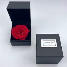 Luxuriöse Rosenbox mit konservierten Rosen Flowerbox, Infinity-Rose, Flowerbox