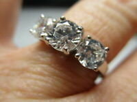 STERLING SILVER 925 ESTATE ROUND 6 MM CUBIC ZIRCONIA TRILOGY BAND RING SIZE 7.75