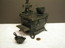 Vintage Black Cast Iron Queen Toy Stove or Salesman Sample w/ Accessories, Oven