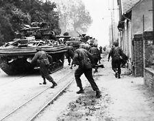 "British 2nd Army Sherman Tank D-Day Invasion 8""x 10"" World War II WW2 Photo 461"