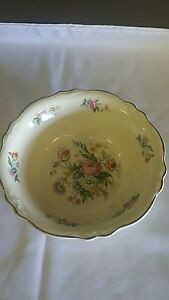 Riviera Red Round Vegetable Serving Bowl Century Shape 8.25 Homer Laughlin 1936