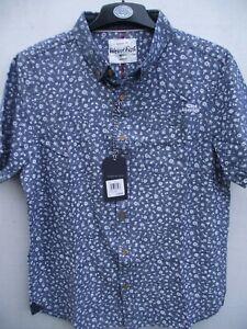 Weird Fish. Denim Blue Keel Print Short Sleeve Shirt Top. Medium wears Small