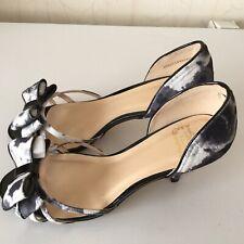 Gorgeous Size 6 Lotus Hallmark Black And White Shoes