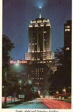 postcard USA  Illonois Chicargo  Drake Hotel & Palmolive building  at night