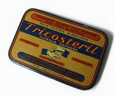 Boîte Tricosteril en métal French Vintage Tin Box Tricosteril 1950