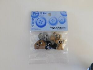 Playful Puppies Shank buttons 5 pieces by Dress it up