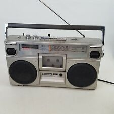 Boombox Hitachi TRK 7000E Stereo 4 Band Radio Cassette Recorder Retro 80s Ghetto