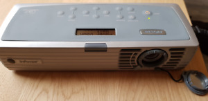 InFocus LP120 DLP Projector