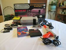 Nintendo NES Action Set Gray Console 1985 w/Tetris Game in Box - Tested
