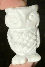 Carved Howlite WHITE OWL Totem - Wisdom and Magic - C2950