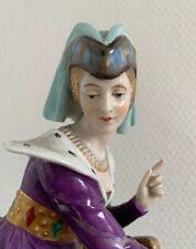 Figurine Médiévale DRESSEL & KISTER en porcelaine, half doll related, En L'état.