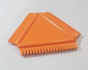Art Rubber Wood Graining Tool Triangular Comb 8.5 cm x 8.5 cm Orange UK stocked