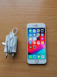 Apple Iphone 6 16gb Silver Smartphone A1586 ( UNLOCKED )
