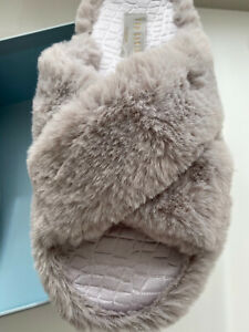BNIB TED BAKER ' CAMEO 'Grey Faux Fur Crossover Slider Slippers. Size UK8