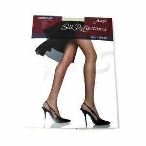 Hanes Silk Reflections 717 Silky Control Top Pantyhose - Style 717 C-D Pearl