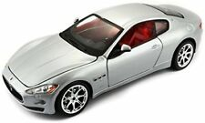 Bburago 18-22107 - 2007 Maserati Gran Turismo Modellino Scala 1 24 colori Asso