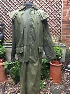 R.C.Toughwear England wax cotton Stockman Riding Country hooded coat men's L+