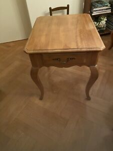Ethan Allen Side Table with a drawer