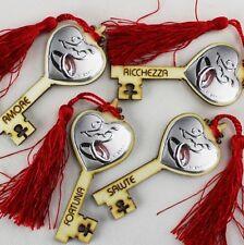 DLM25327 Chiave Portafortuna in Legno per 25 Anniversario Rosso (kit 12 pezzi) b