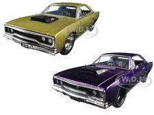 1970 PLYMOUTH ROAD RUNNER PURPLE & GOLD SET OF 2 CARS 1/24 JADA 98233-98234 SET