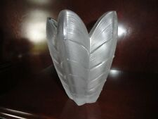 NEW Lalique Papillon Butterfly Vase in  Mint Condition RARE