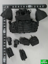 1:6 Scale DID SWAT Denver MA1006 - Black Tactical Vest w/ Pouches