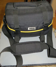 Nikon Black Canvas Camera Carrying Shoulder Bag - Has All Inserts - Vintage