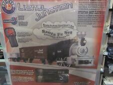 LIONEL JUNCTION SANTA FE STEAM SET ( NEW IN THE BOX) 6-83266