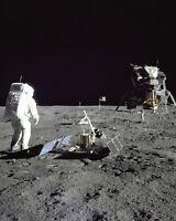 BUZZ ALDRIN APOLLO 11 ASTRONAUT ON THE MOON SURFACE - 8X10 NASA PHOTO (EP-208)