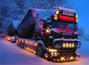 Snowy Truck 5D Diamond Painting Kit Full Drill Art Hand Embroidery Home Decors