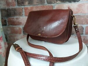 THE BRIDGE VINTAGE LEATHER BROWN  SMALL CROSSBODY PURSE GRAB COMPARTMENTS BAG