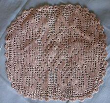 Joli petit napperon au crochet coton écru début XXème
