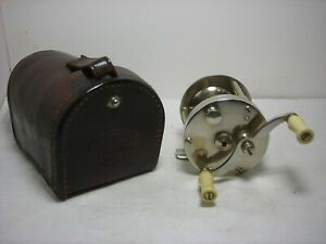 Vintage Used South Bend Style No 1200 Level Winding Presentation Fishing Reel