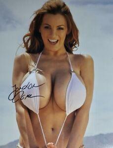 Jordan Carver Hand Signed 8x10 Photo W/ Holo COA