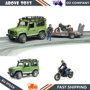 BRUDER LAND ROVER DEFENDER STATION WAGON WITH TRAILER DUCATI AND RIDER 1:16