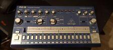 Behringer RD-6, Analoge Drum Machine, Blau Metallic. Wie neu, OVP