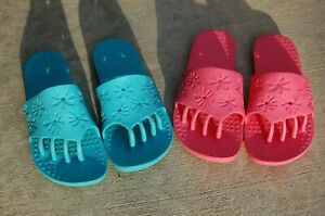 Lot 2 Spa Sandals Pedicure Footwear with Toe Separation Med 8/9 Foot