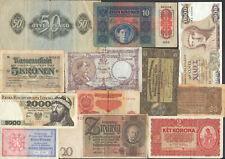 12 meist ältere Banknoten EUROPA